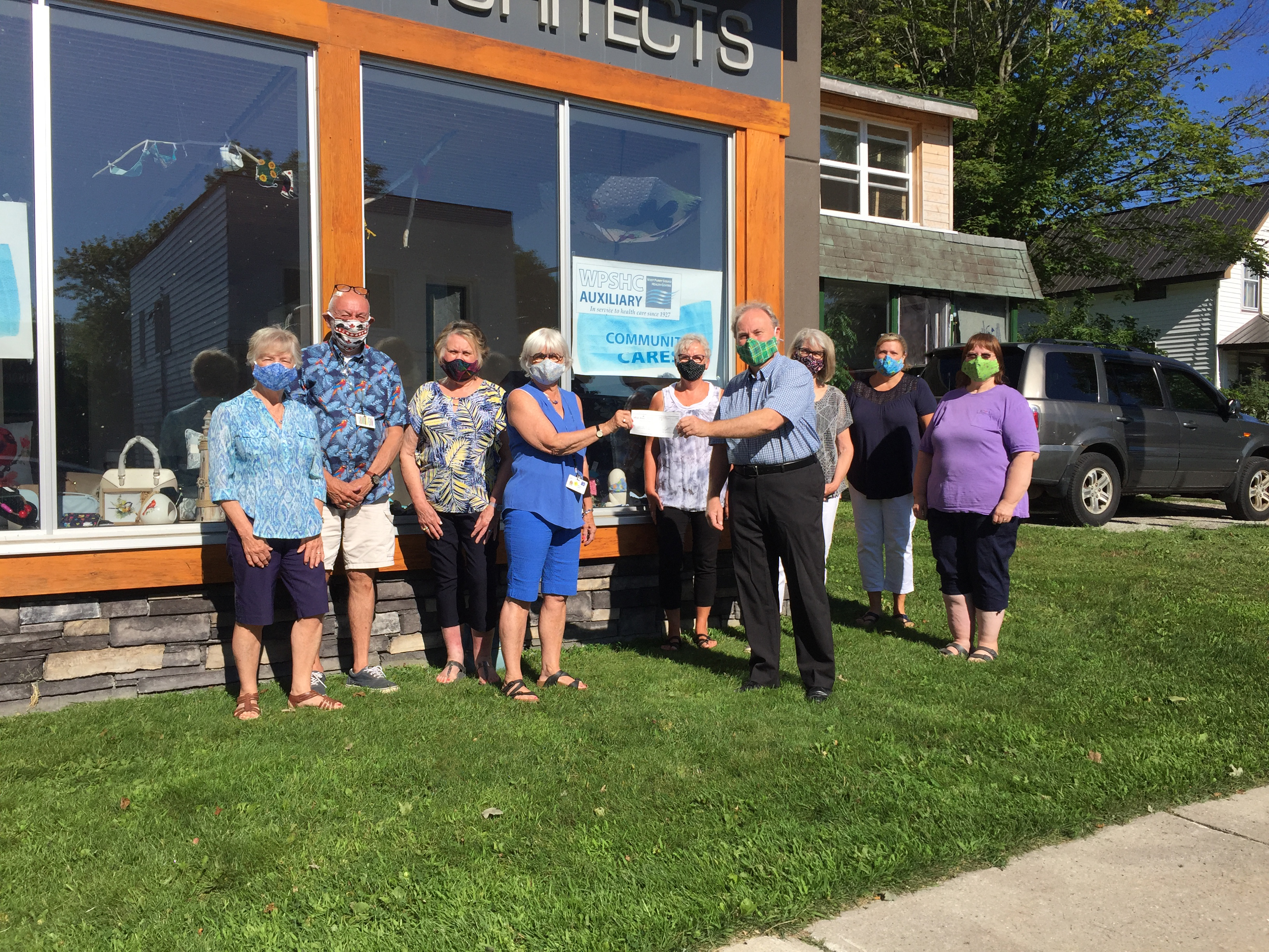 Cheque Presentation Photo - Town to Auxiliary Community Cares