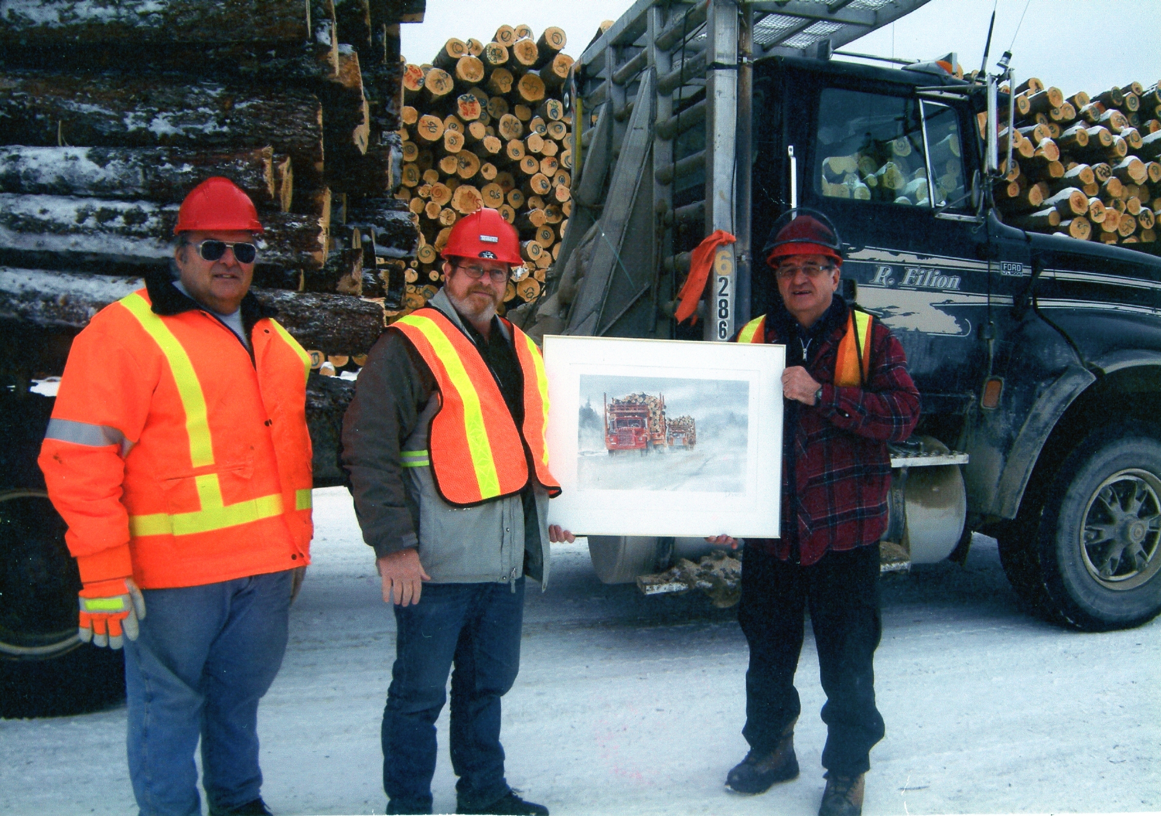 Rosaire Filion receives award from Tembec