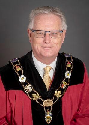Mayor_Henderson___Super_Portrait