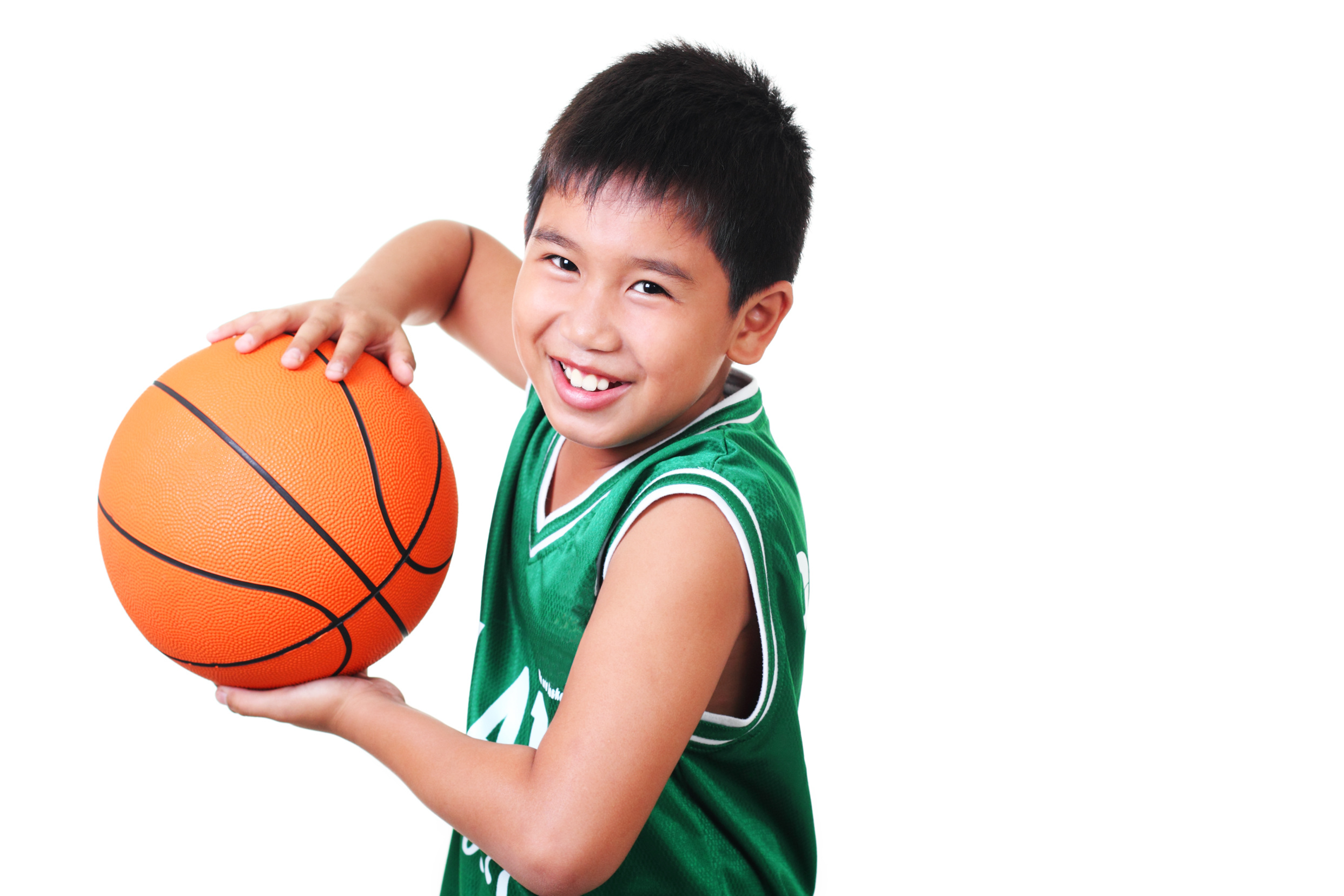 Boy_Playing_Basketball